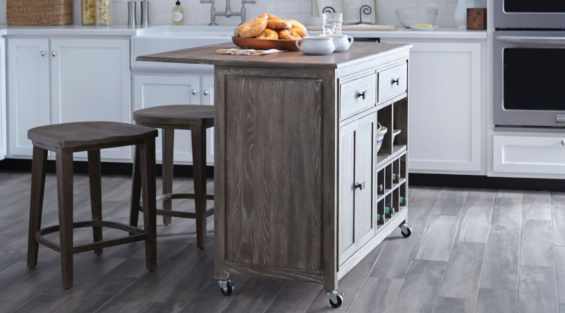Dual kitchen island bar with two matching backless bar stools
